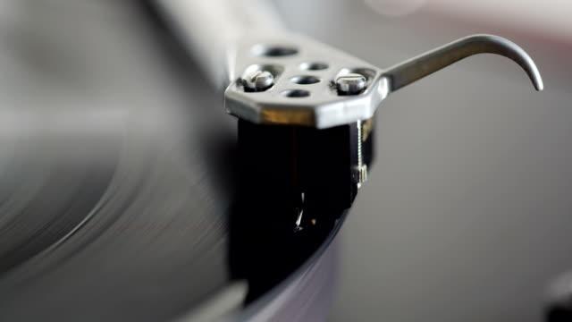 Record Plattenspieler Patrone spielt