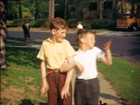 1940 PORTRAIT two boys posing + acting wacky in yard / Maplewood, NJ / home movie