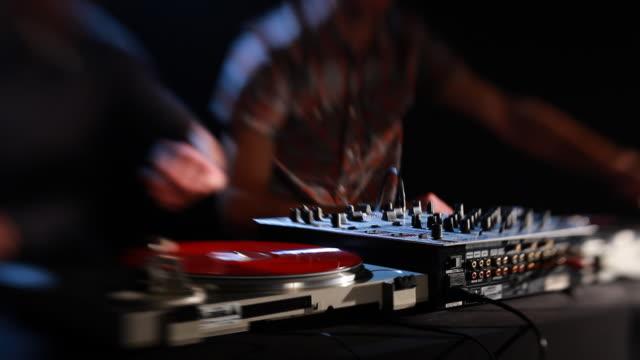 Due DJ