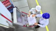 CS zwei Ingenieure Programme eine CNC Machine