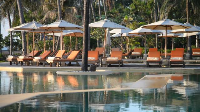 HD paraplu en zwembad stoel