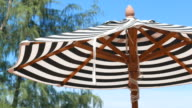 HD Sonnenschirm am Strand