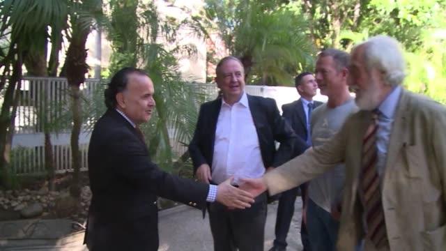 Un grupo de senadores espanoles de diferentes organizaciones politicas arribaron este miercoles a Caracas con la intencion de visitar a los...
