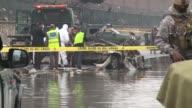 Un kamikaze detono una carga explosiva el lunes en una carretera que conduce al aeropuerto de Kabul