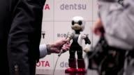 Un locuaz y agil robot androide japones llamado Kirobo despegara el 4 de agosto del sur de Japon a bordo de un cohete nipon con destino a la Estacion...