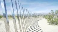 Una casa revestida de espejos decora el desierto de California