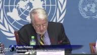 Una comision de investigacion de la ONU denuncio que ejecuciones publicas de civiles asi como las amputaciones y los latigazos se han convertido en...