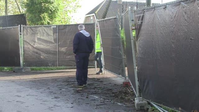 Una granja en el centro de Holanda y otra en el norte de Inglaterra se encontraban aisladas este lunes debido a un nuevo brote de gripe aviar