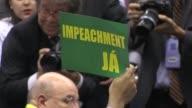 Una vez que un informe parlamentario recomendo el miercoles abrir un juicio de destitucion contra la presidenta brasilena las fracciones legislativas...