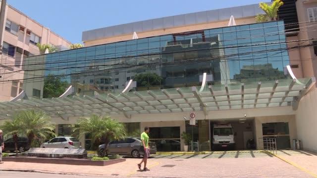 Una viceconsul estadounidense en Brasil fue herida de bala en un pie durante una tentativa de asalto en Rio de Janeiro segun informo la policia el...