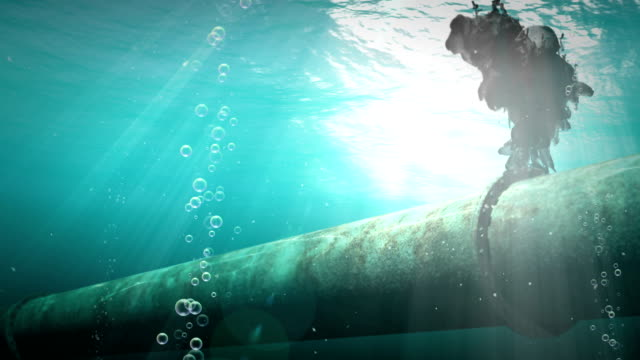 Underwater oil pipelines