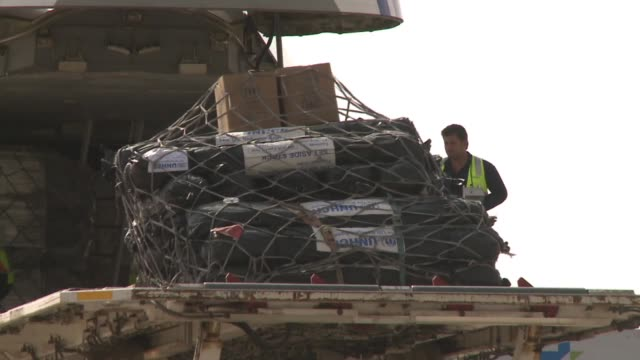 United Nations aid arrives in northern Iraq during ISIL conflict in 2014