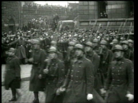 Belgian troops leave the occupied territory of the Rhineland ten years after the treaty