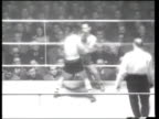 Robert Cohen defeats Irishman Johnny Kelly to win the European bantamweight title
