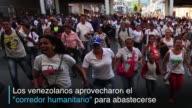 Unos 35000 venezolanos cruzaron la frontera para comprar alimentos y medicinas en Colombia aprovechando la apertura temporal de la frontera que...