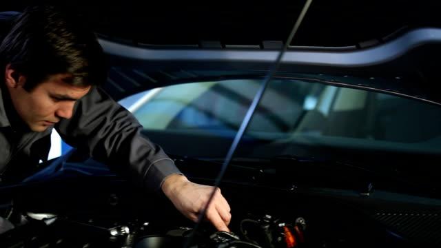 Upset customer and mechanic