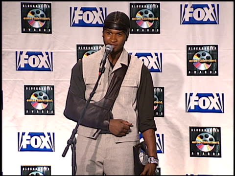 Usher Raymond at the Blockbuster Awards 99 at the Shrine Auditorium in Los Angeles California on May 25 1999