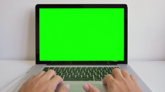 Using on computer laptop with green screen