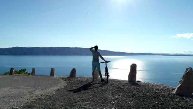 Vacation activities. Admiring view