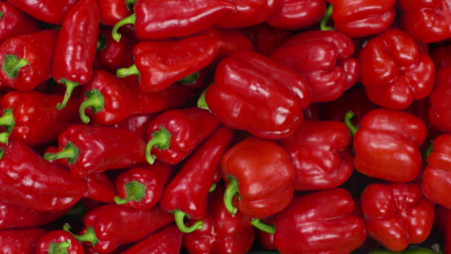 HD CRANE: Variation Of Bell Peppers