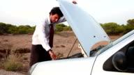 Vehicle Breakdown (HD)