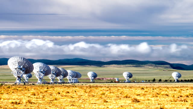 Very large array radio telescope timelapse