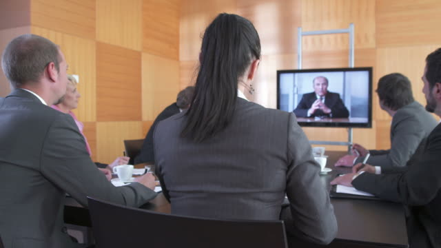 HD DOLLY: Video Conference During Meeting