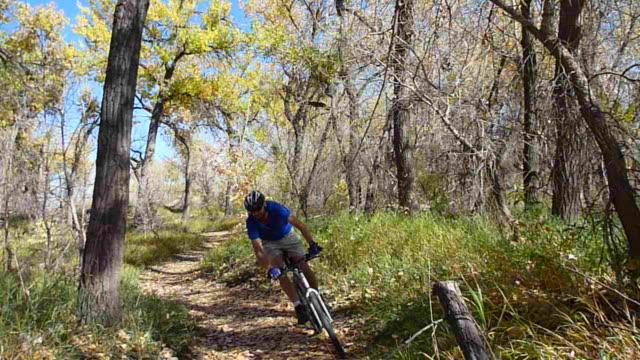 HD video mountain biking through Colorado fall colors