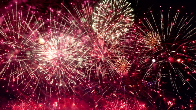 Video of amazing fireworks show in 4K