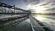 video van waterzuivering plant met sunrise