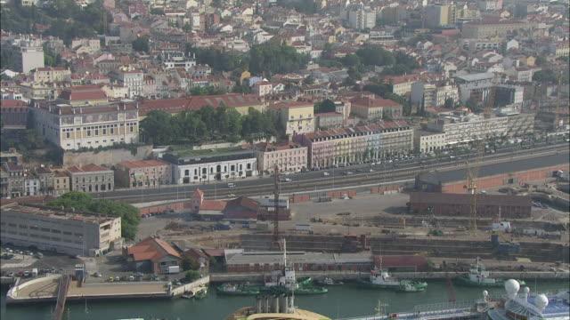 WS POV View of 24 de Julho avenue / Lisbon, Portugal