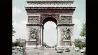 WS PON View of Arc de Triomphe / Paris, France
