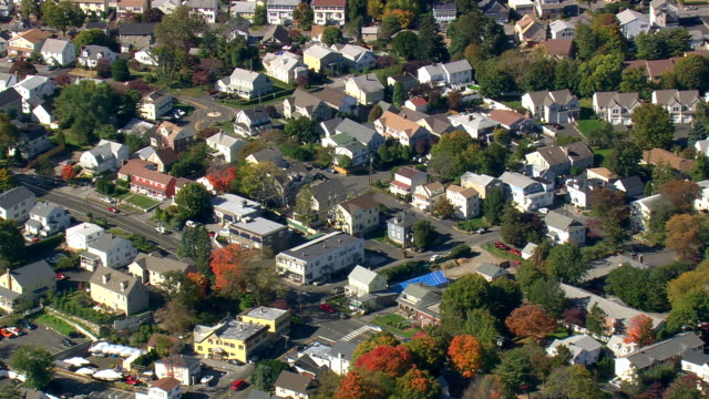 WS AERIAL ZI PAN ZO View of Belle Haven Community / Connecticut, United States
