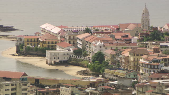 WS PAN View of buildings historic district Casco Viejo / Panama