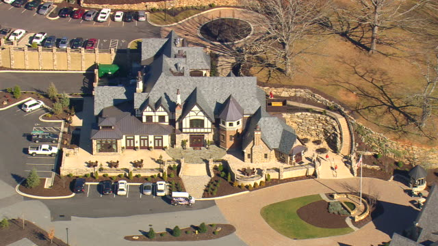 MS AERIAL ZO View of bungalow with open parking space outside / North Carolina, United States