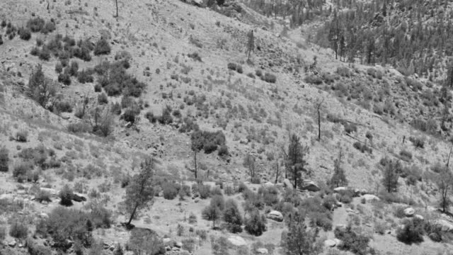 WS View of canyon Kernville with men on horses riding