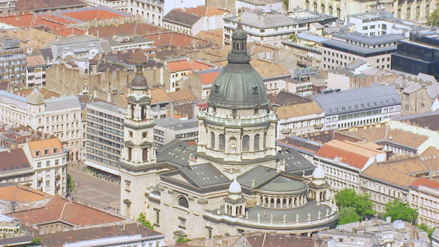 MS AERIAL TD View of cathedral / Budapest, Hungary