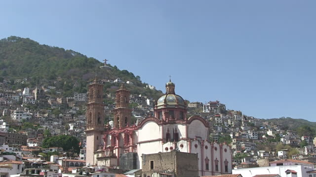 WS TU View of Church at Santa Prisca in city / Taxco, Mexico