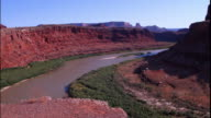 WS PAN View of Colorado river below Dead Horse Point State Park / Moab, Utah, USA