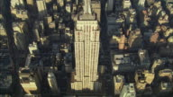 WS ZI ZO POV AERIAL View of Empire State Building / New York City, New York, USA