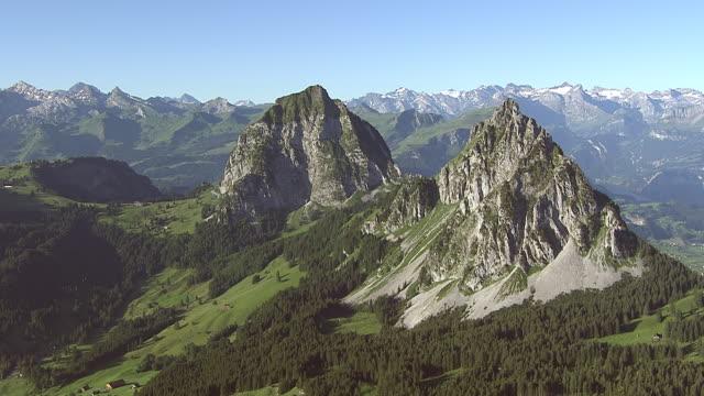 WS AERIAL View of Grosser and kleiner mythen, Haggenspitz , Uri Alps with view to Schwyz / Mythen, Schwyz, Switzerland