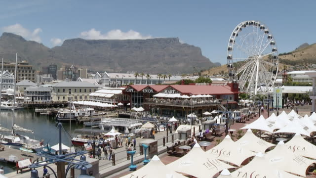 WS PAN View of harbor and docks v&a waterfront / Cape Town, Western Cape, South Africa