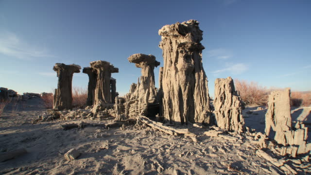WS POV T/L  View of  Lake with  Sand Formations / Mono Lake, California, USA