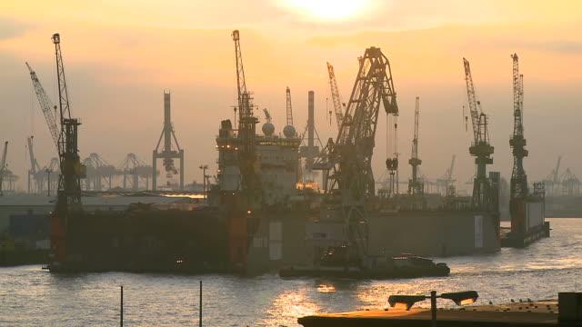 WS View of Landungsbrucken harbour at evening / Hamburg, Germany