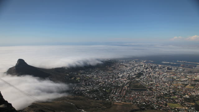 WS T/L View of Lion Head mountain / Cape Town, City of Cape Town, South Africa