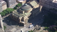 WS AERIAL View of Monument, Theater Municipala and traffic with surrounding area / Sao Paulo, Brazil