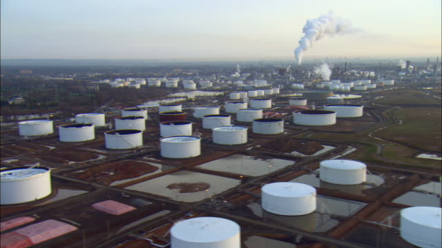 WS POV AERIAL View of oil storage tanks and refinery / Linden, New Jersey, USA
