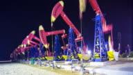 Blick auf oilfield mit pump-Einheiten