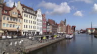 WS T/L View of old town at river Moltawa, Gdansk, Poland / Hamburg, Germany