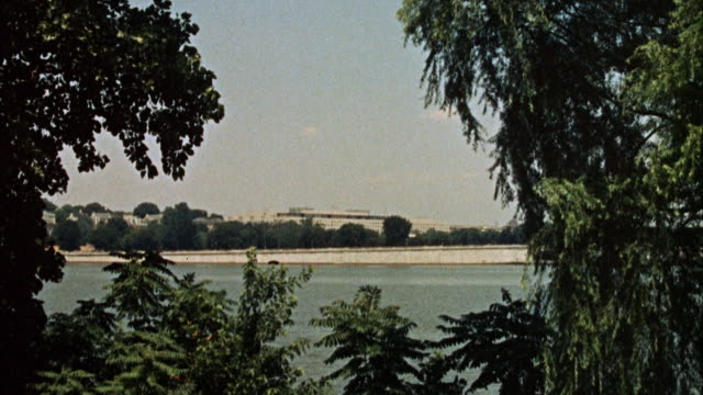 WS PAN View of Potomac river to unidentified government building / Washington DC, United States